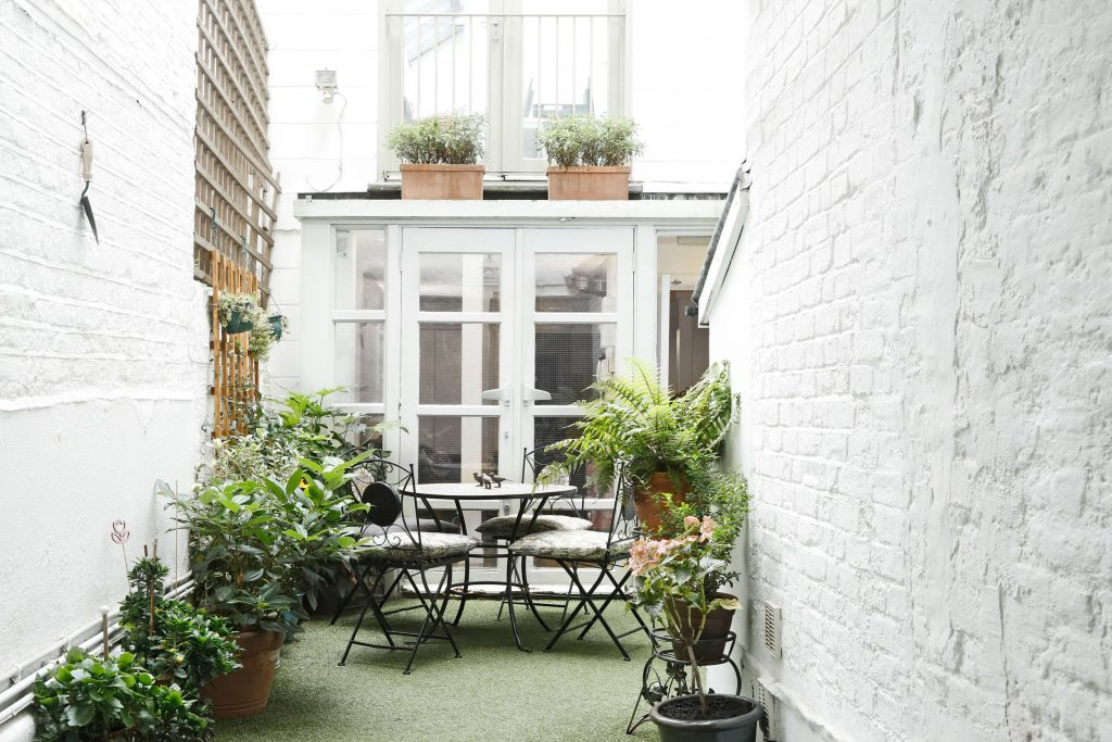 courtyard area voiceover soho